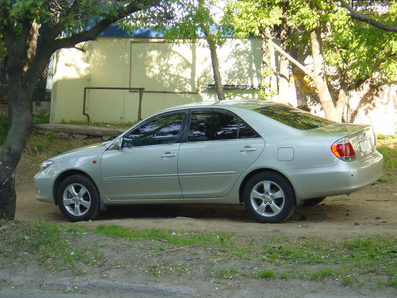 2005 toyota camry photos 2 4 gasoline automatic for sale. Black Bedroom Furniture Sets. Home Design Ideas