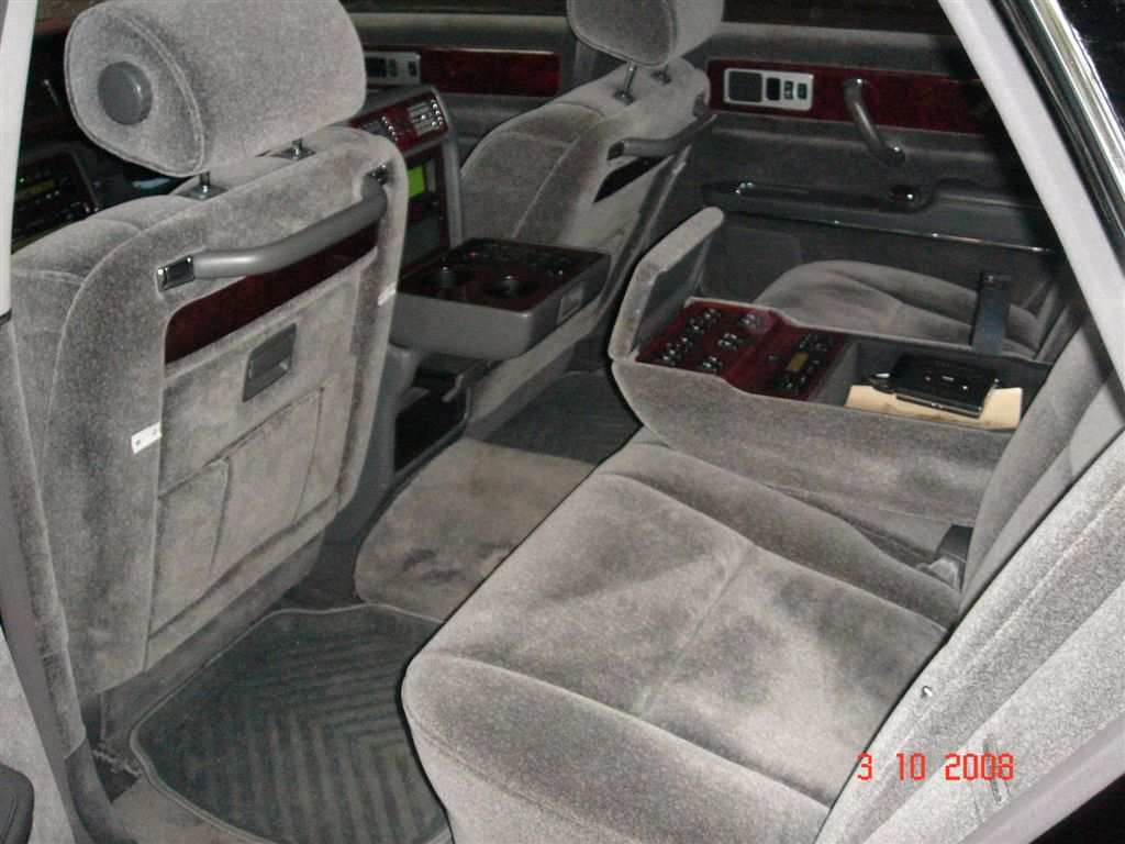 2002 Toyota Century Photos