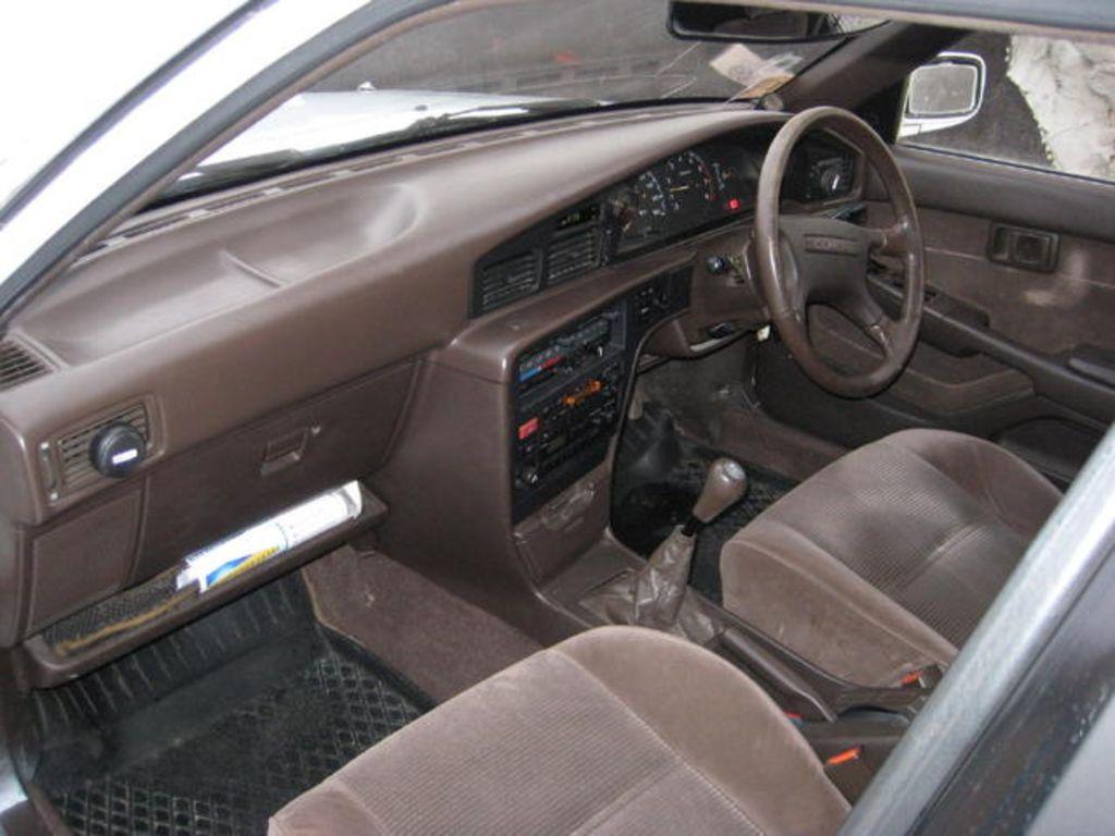 1990 Toyota Corona