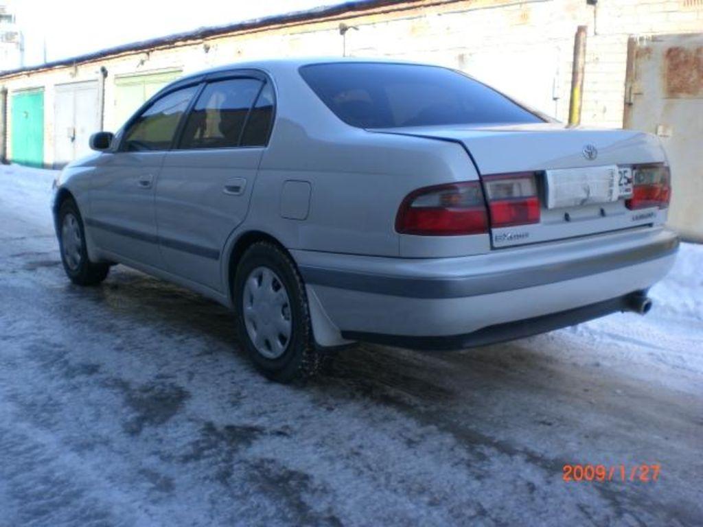 1996 Toyota Corona Pictures
