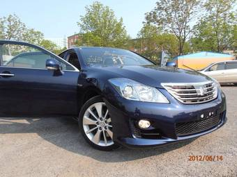 2010 Toyota Crown For Sale