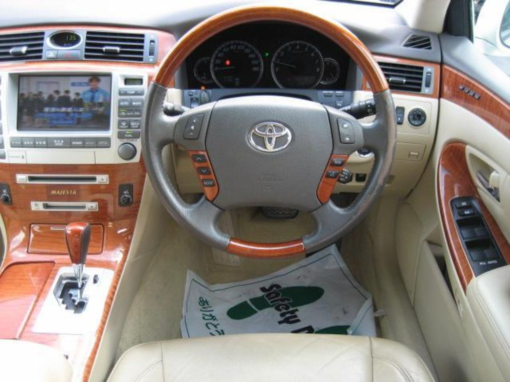 2004 toyota crown majesta pictures 4300cc gasoline automatic for sale