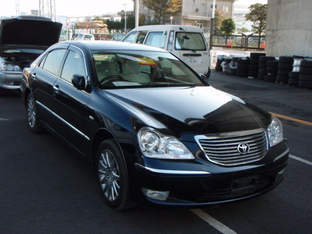 Crown Motors Holland Mi >> Toyota Crown Royale (2005)