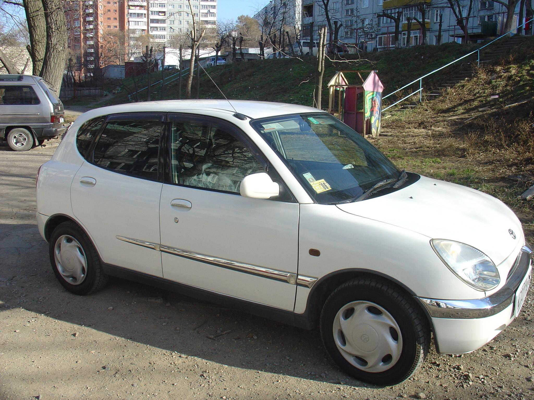 1998 Toyota Duet Pictures 1000cc Gasoline Ff