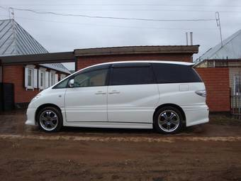 2003 Toyota Estima Pictures 2 4l Cvt For Sale