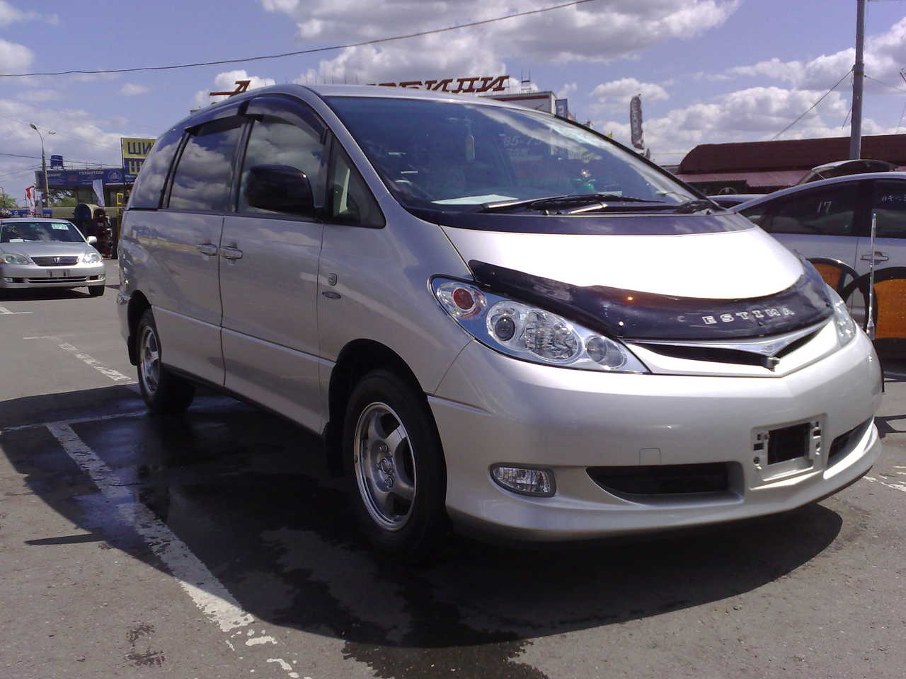 2004 Toyota Estima Photos 2 4 Cvt For Sale