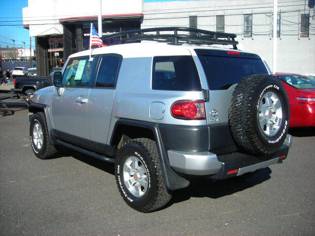 used 2007 toyota fj cruiser wallpapers gasoline. Black Bedroom Furniture Sets. Home Design Ideas