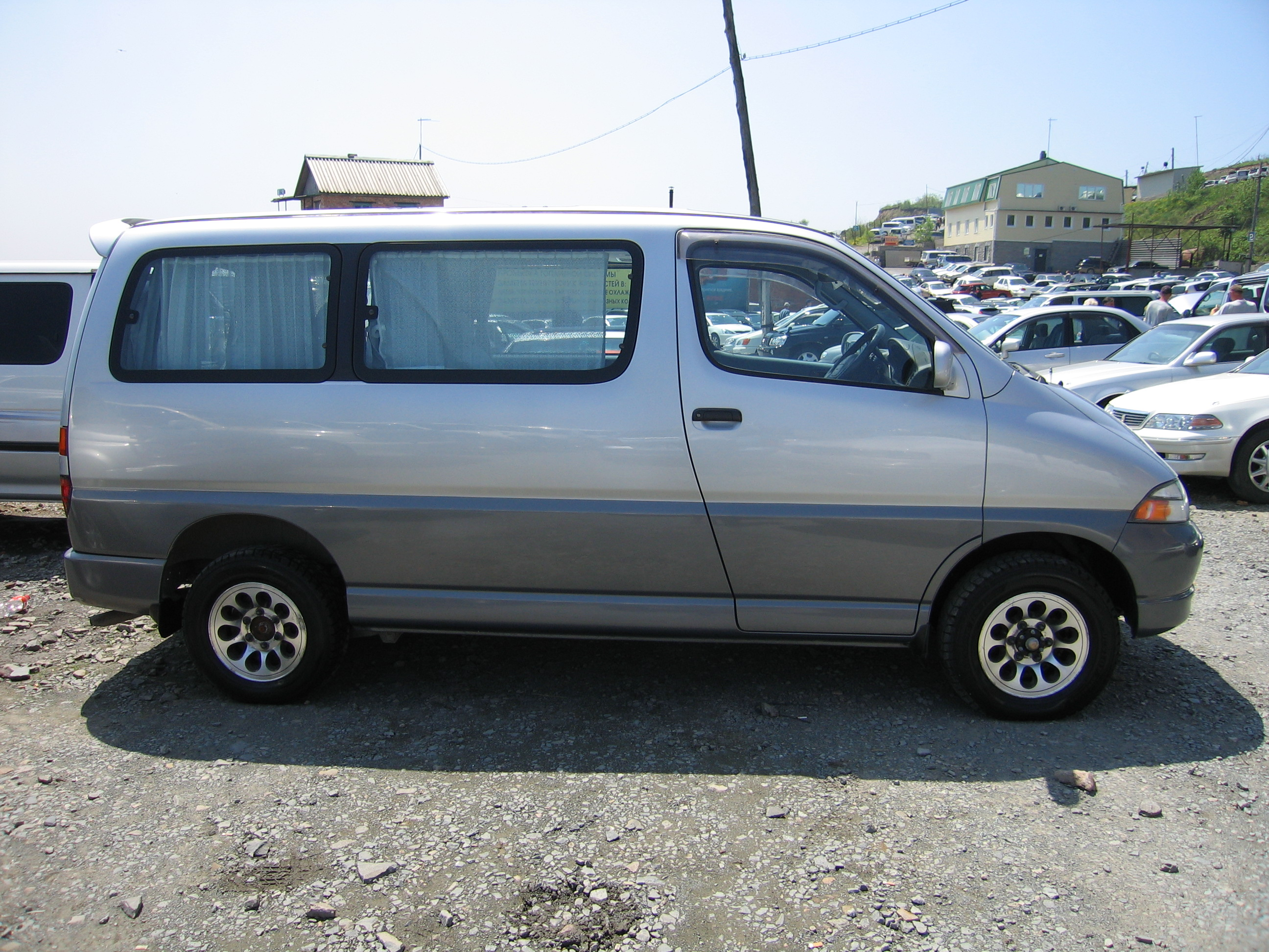 1996 Toyota Granvia Pictures, 3000cc., Diesel, Automatic For Sale