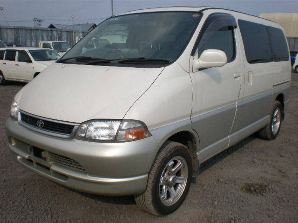 1998 Toyota Granvia Pictures 3000cc Diesel Automatic