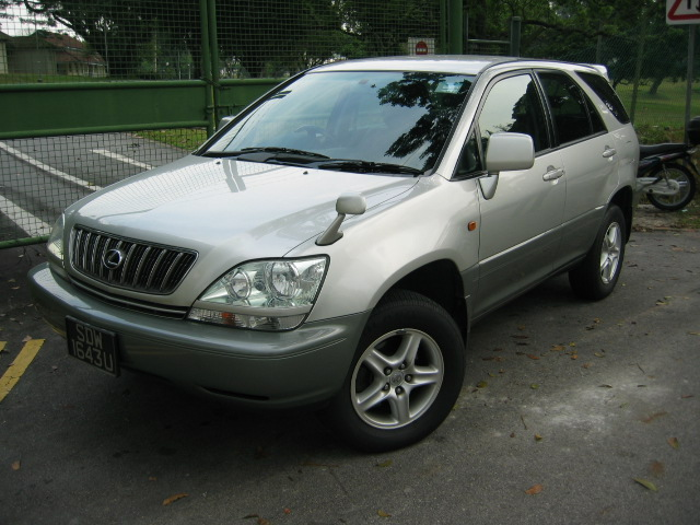 toyota harrier 2002
