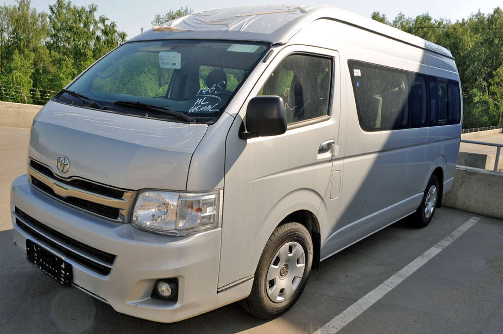 4365e97ca62d26 2012 Toyota Hiace For Sale