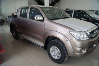 2010 Toyota Hilux PICK UP Photos