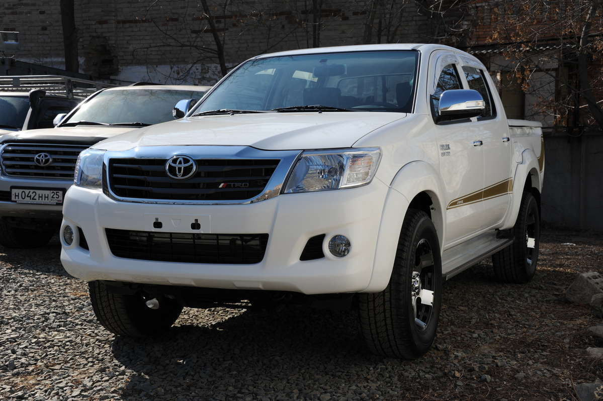 used 2011 toyota hilux pick up photos 2700cc gasoline. Black Bedroom Furniture Sets. Home Design Ideas