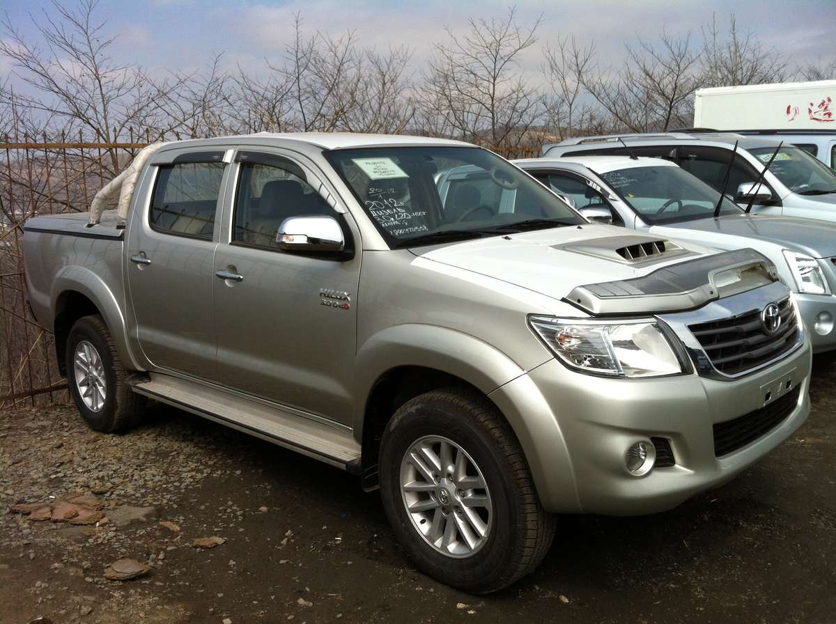 2012 toyota hilux pick up photos 3 0 diesel automatic. Black Bedroom Furniture Sets. Home Design Ideas