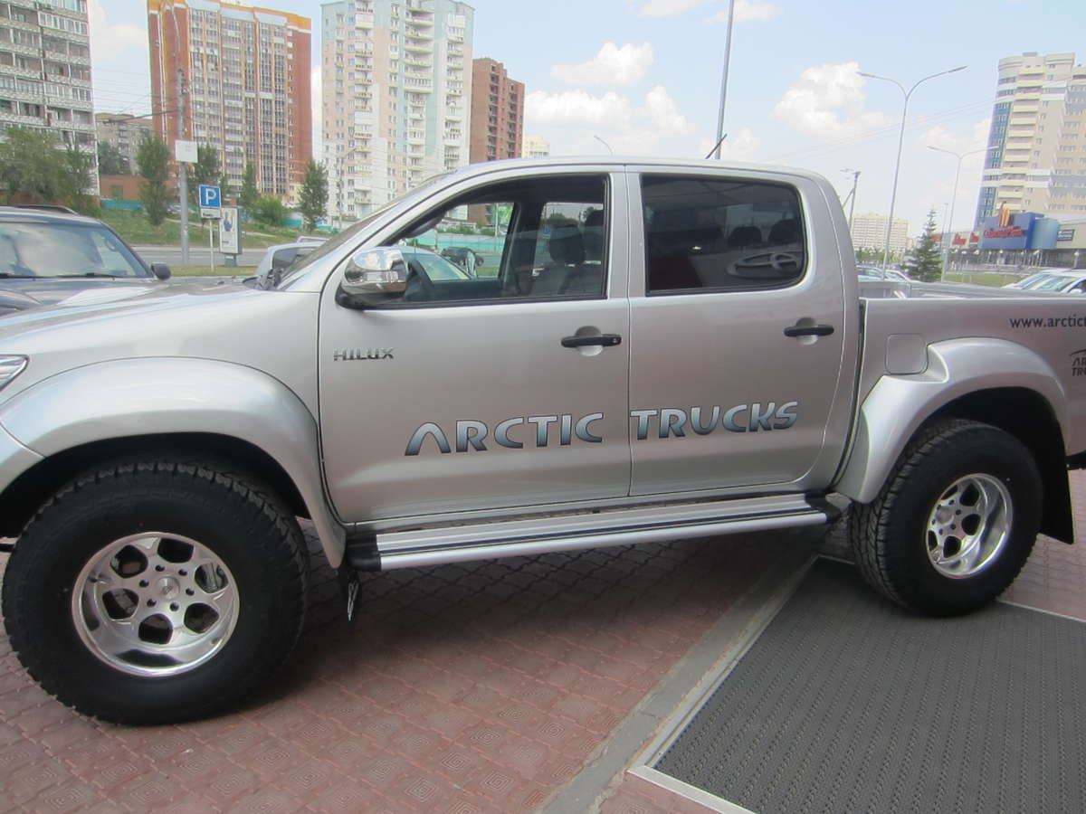 2012 toyota hilux pick up pictures diesel automatic for sale. Black Bedroom Furniture Sets. Home Design Ideas