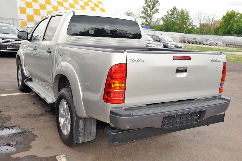 Captivating 2012 Toyota Hilux PICK UP For Sale