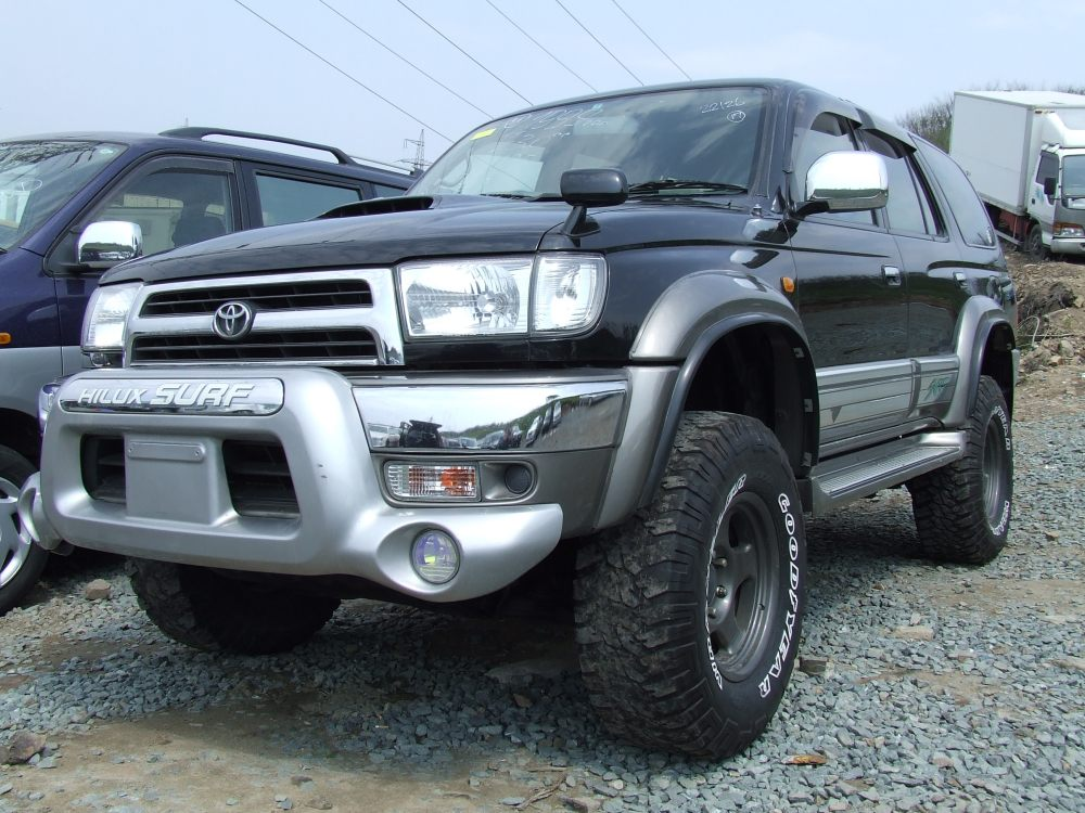 1999 Toyota Hilux SURF Images