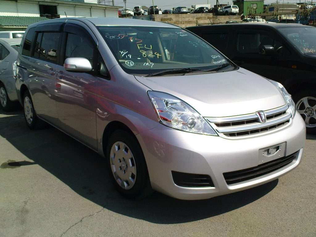 Used 2010 Toyota ISIS Photos, 1800cc., Gasoline, FF, Automatic For