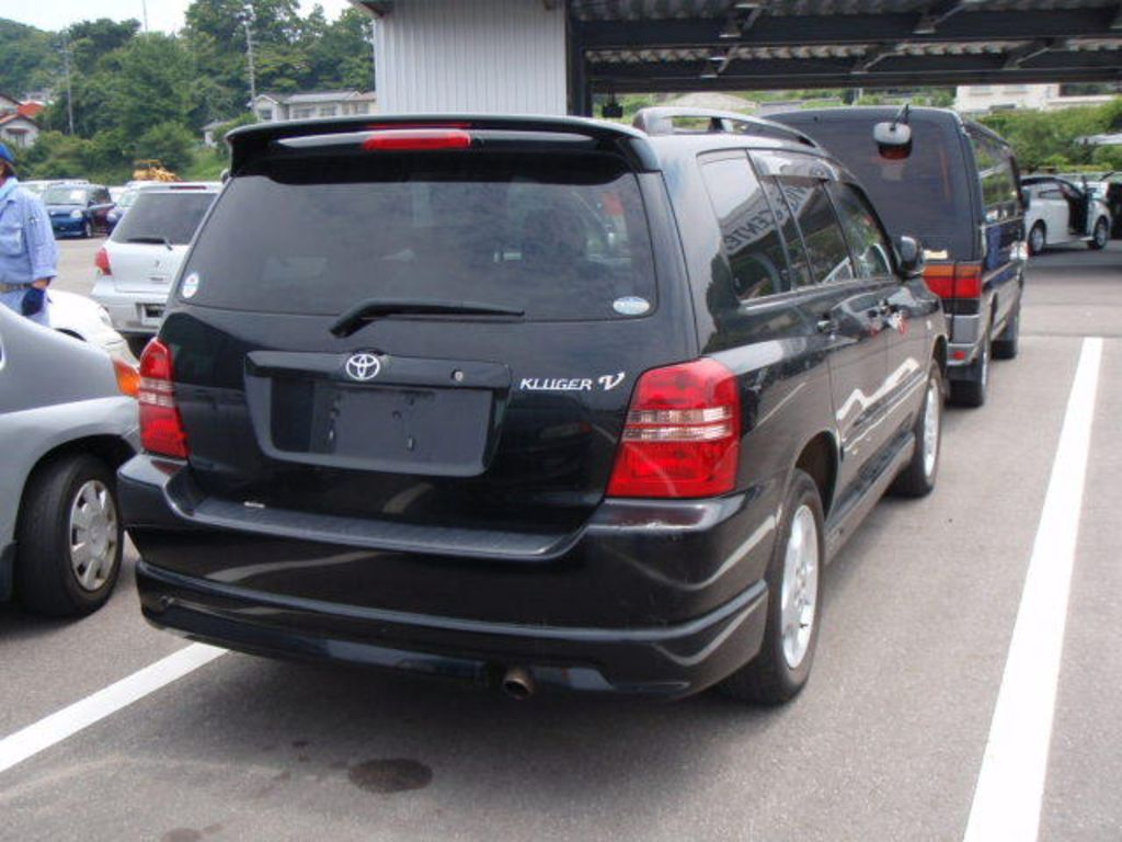2000 toyota kluger v pictures for sale