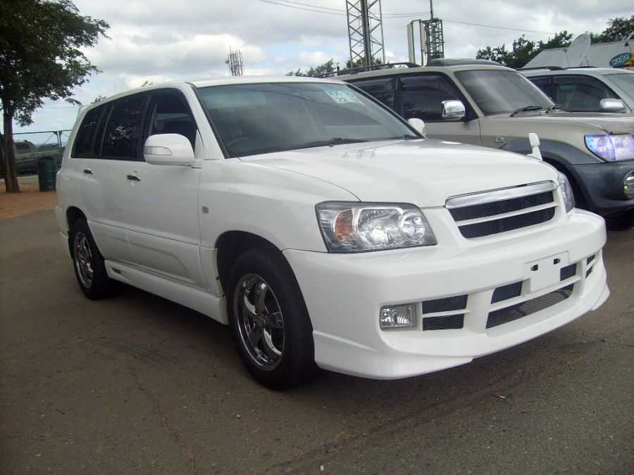 2004 toyota kluger v for sale 30 gasoline automatic