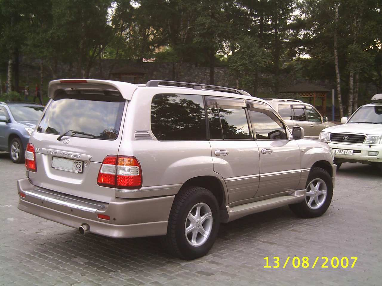 2002 Toyota Land Cruiser Photos 4 7 Gasoline Automatic