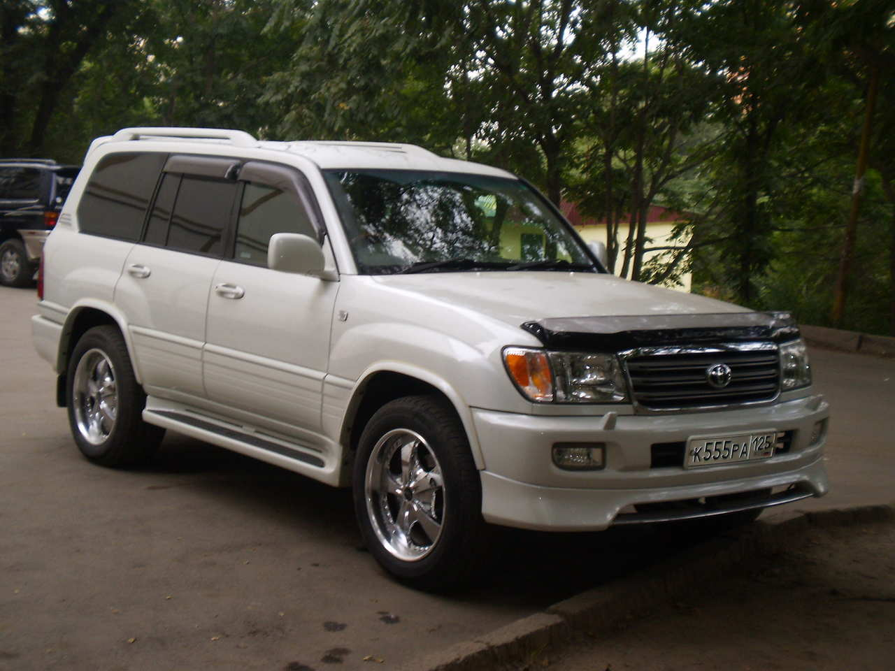 used 2004 toyota land cruiser photos 4700cc gasoline. Black Bedroom Furniture Sets. Home Design Ideas