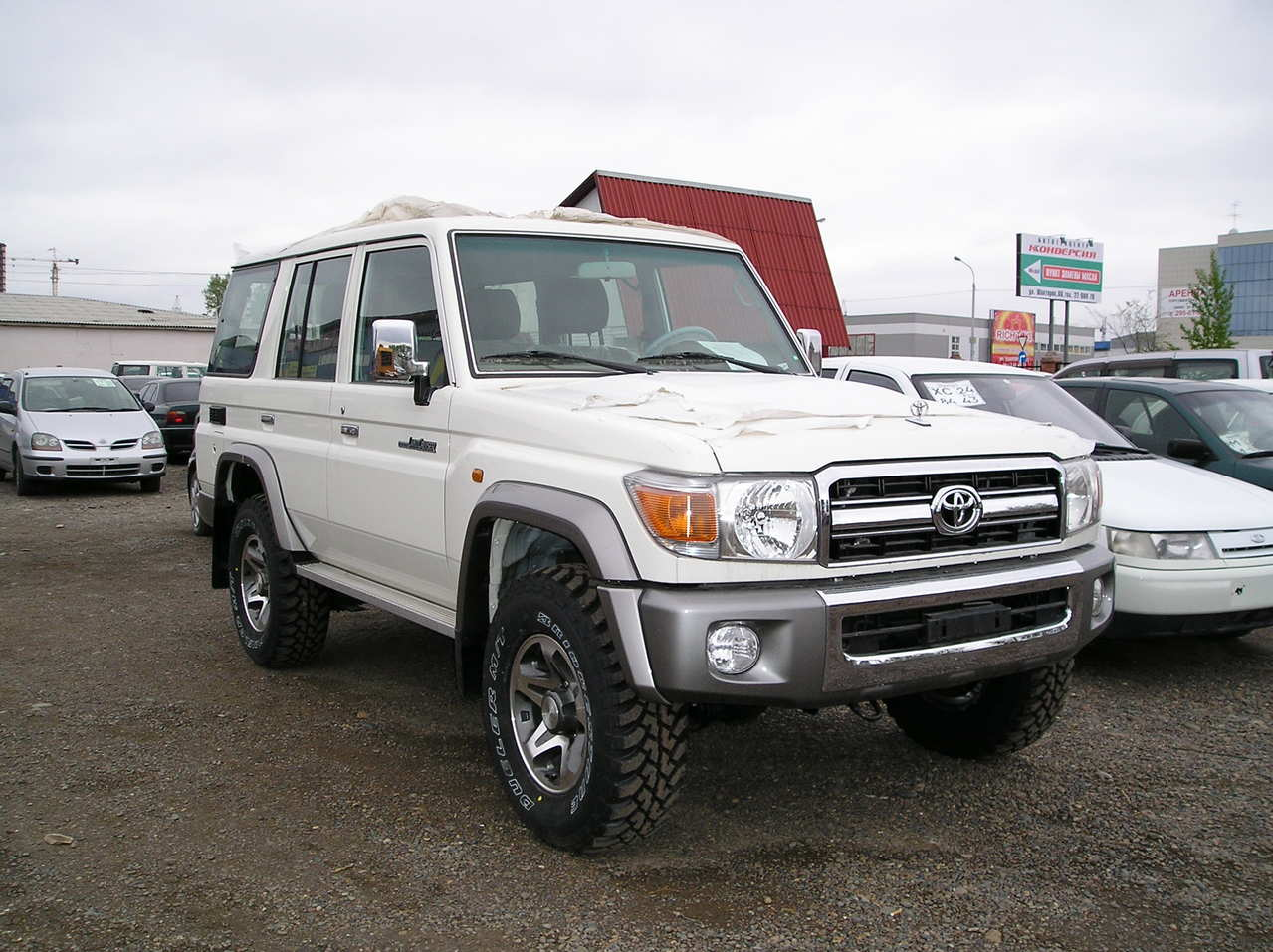 2010 toyota land cruiser pictures  4 2l   diesel  manual