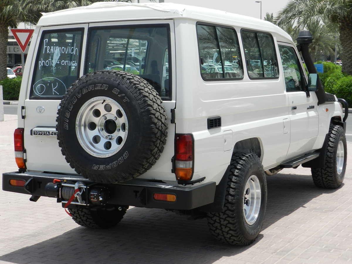 2012 toyota land cruiser for sale 4 2 diesel manual for sale. Black Bedroom Furniture Sets. Home Design Ideas