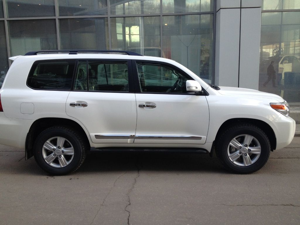 2012 toyota land cruiser pictures diesel automatic for sale. Black Bedroom Furniture Sets. Home Design Ideas