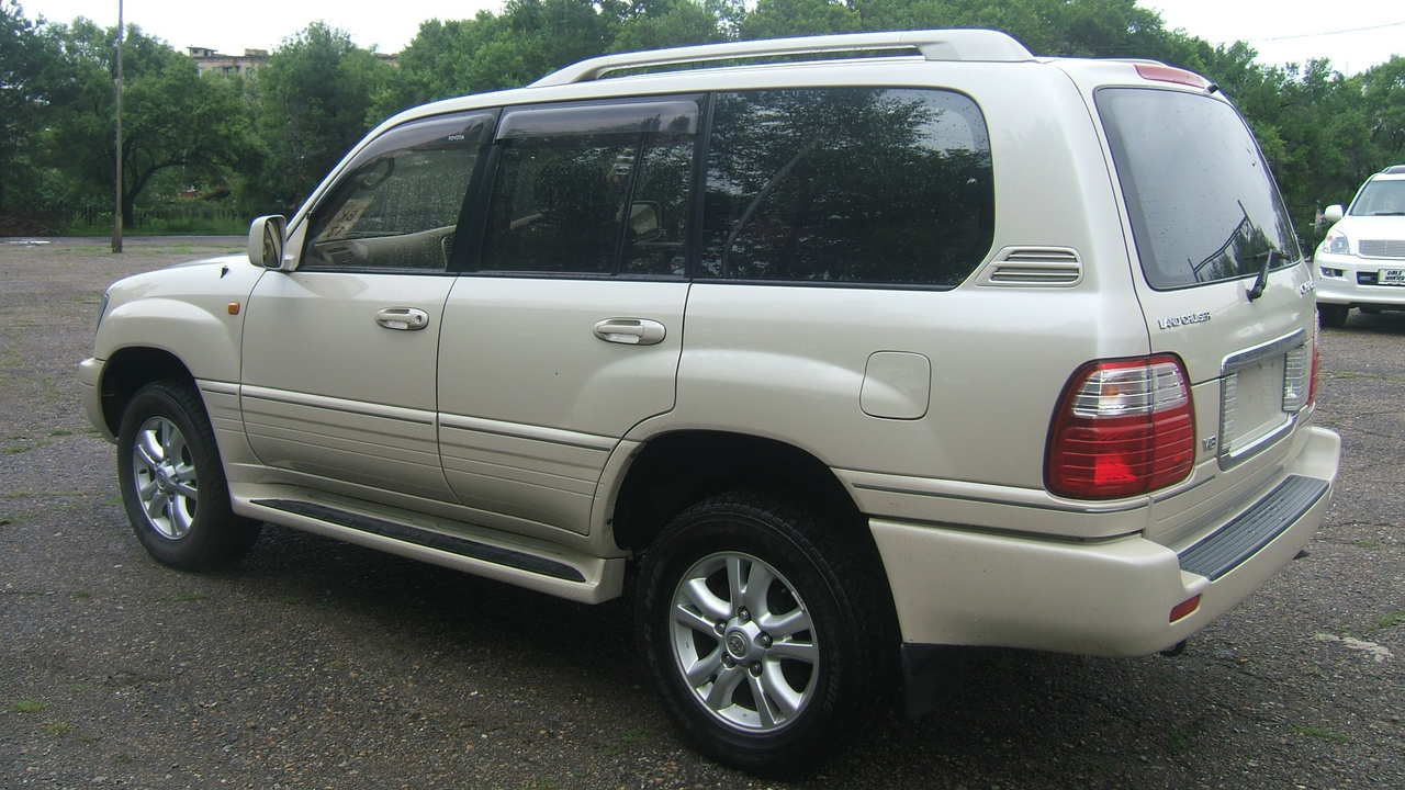 2003 Toyota LAND Cruiser Cygnus For Sale