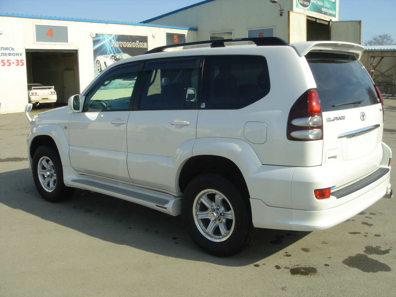 2004 toyota land cruiser prado photos 2700cc gasoline. Black Bedroom Furniture Sets. Home Design Ideas