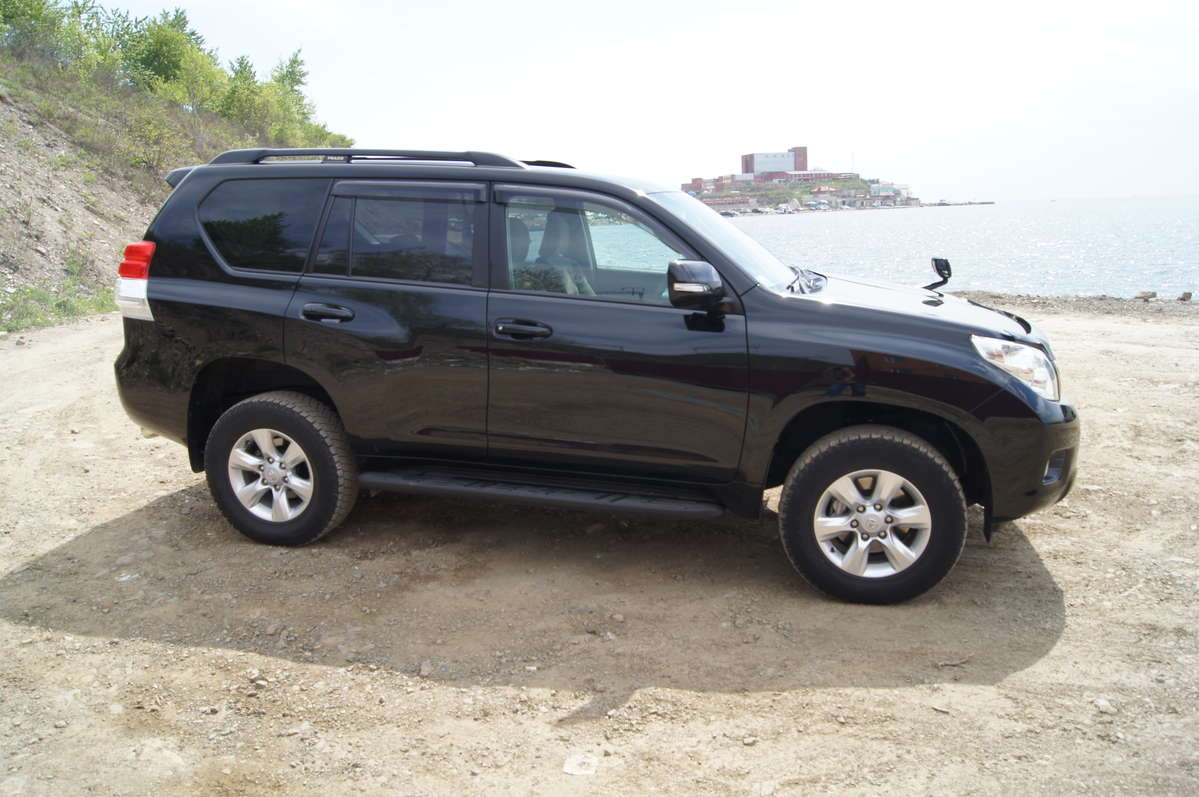 used 2010 toyota land cruiser prado photos 2700cc. Black Bedroom Furniture Sets. Home Design Ideas