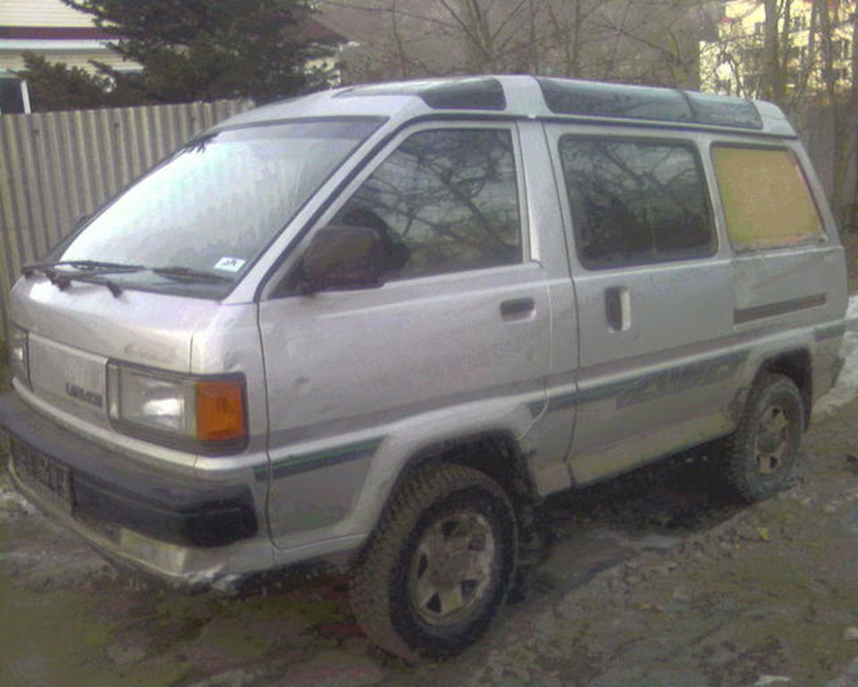 1988 Toyota LITE ACE Pictures