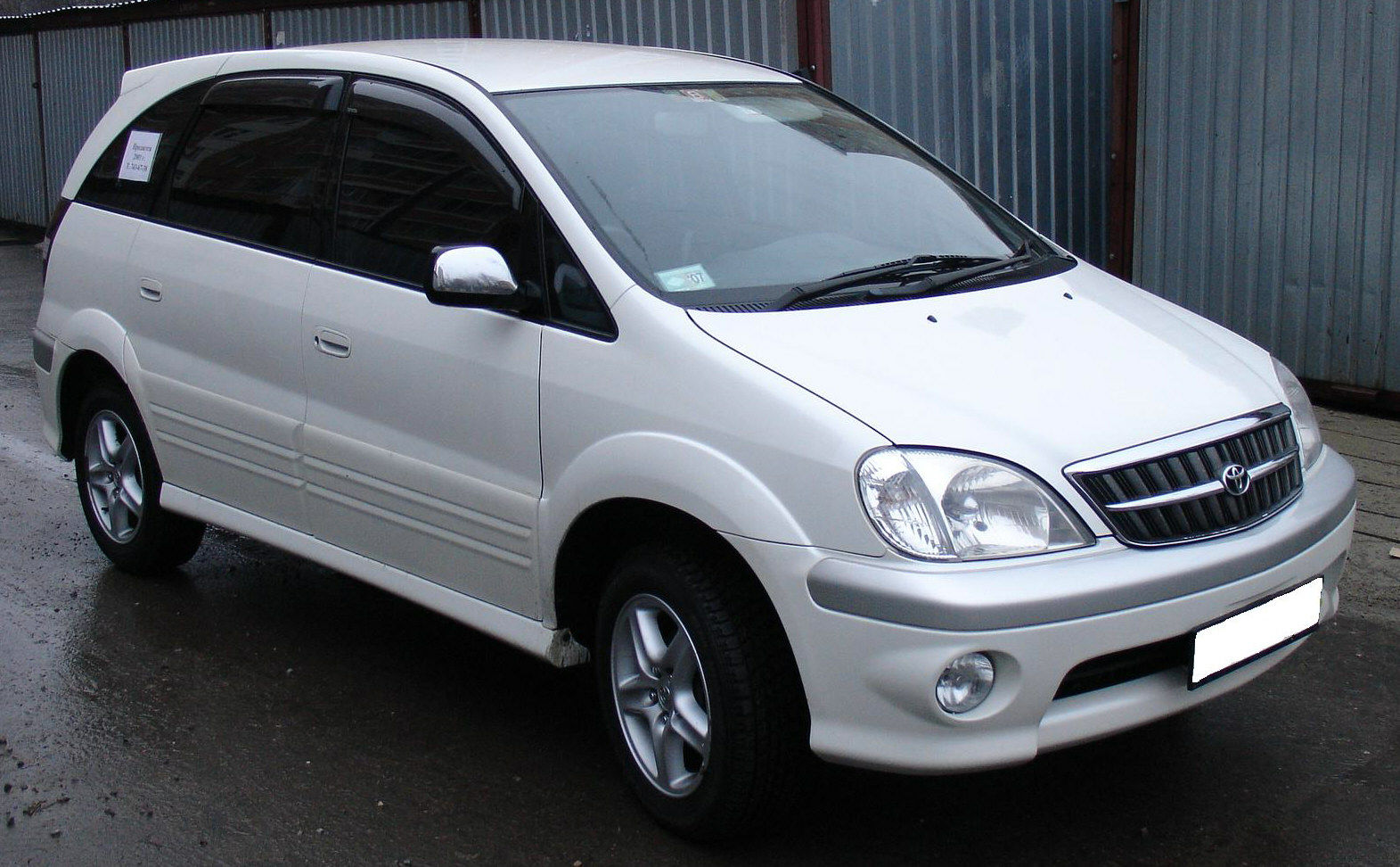 2001 Toyota Nadia Pictures For Sale