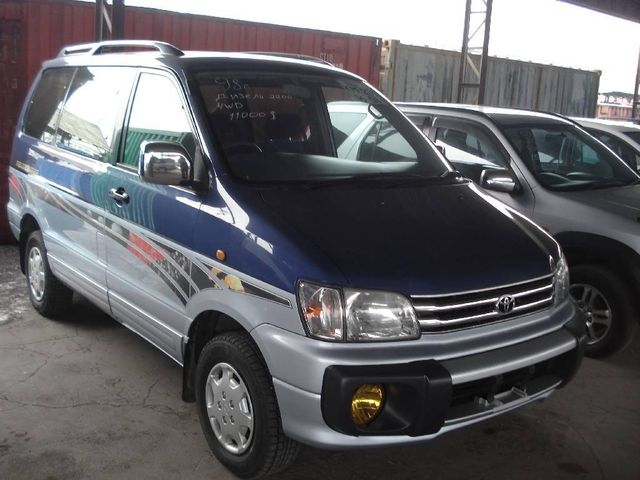 1998 toyota noah pictures