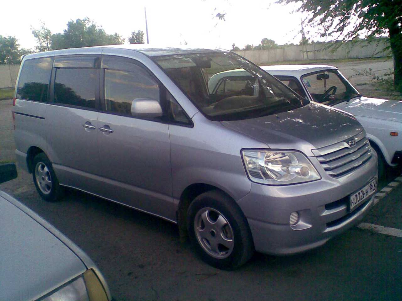 used 2002 toyota noah photos gasoline ff automatic for sale. Black Bedroom Furniture Sets. Home Design Ideas