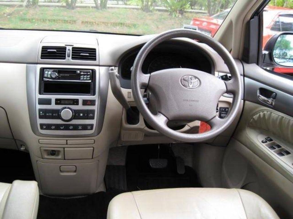 Toyota Picnic Orig