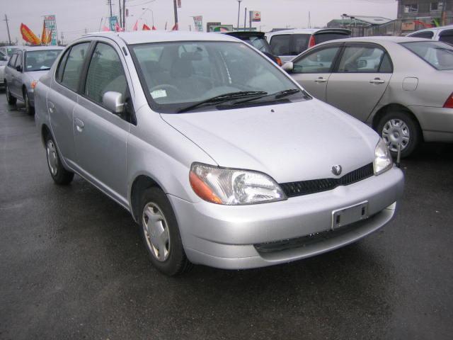 Toyota Platz 2004 Image