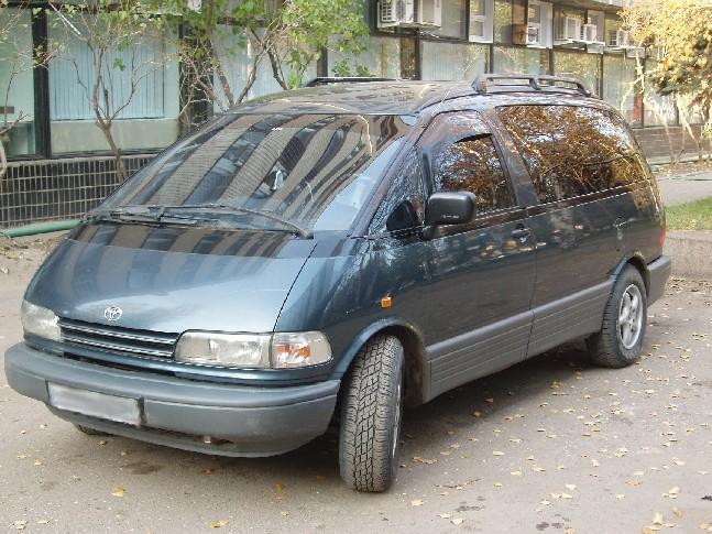 Toyota Previa 1992. 1992 Toyota Previa