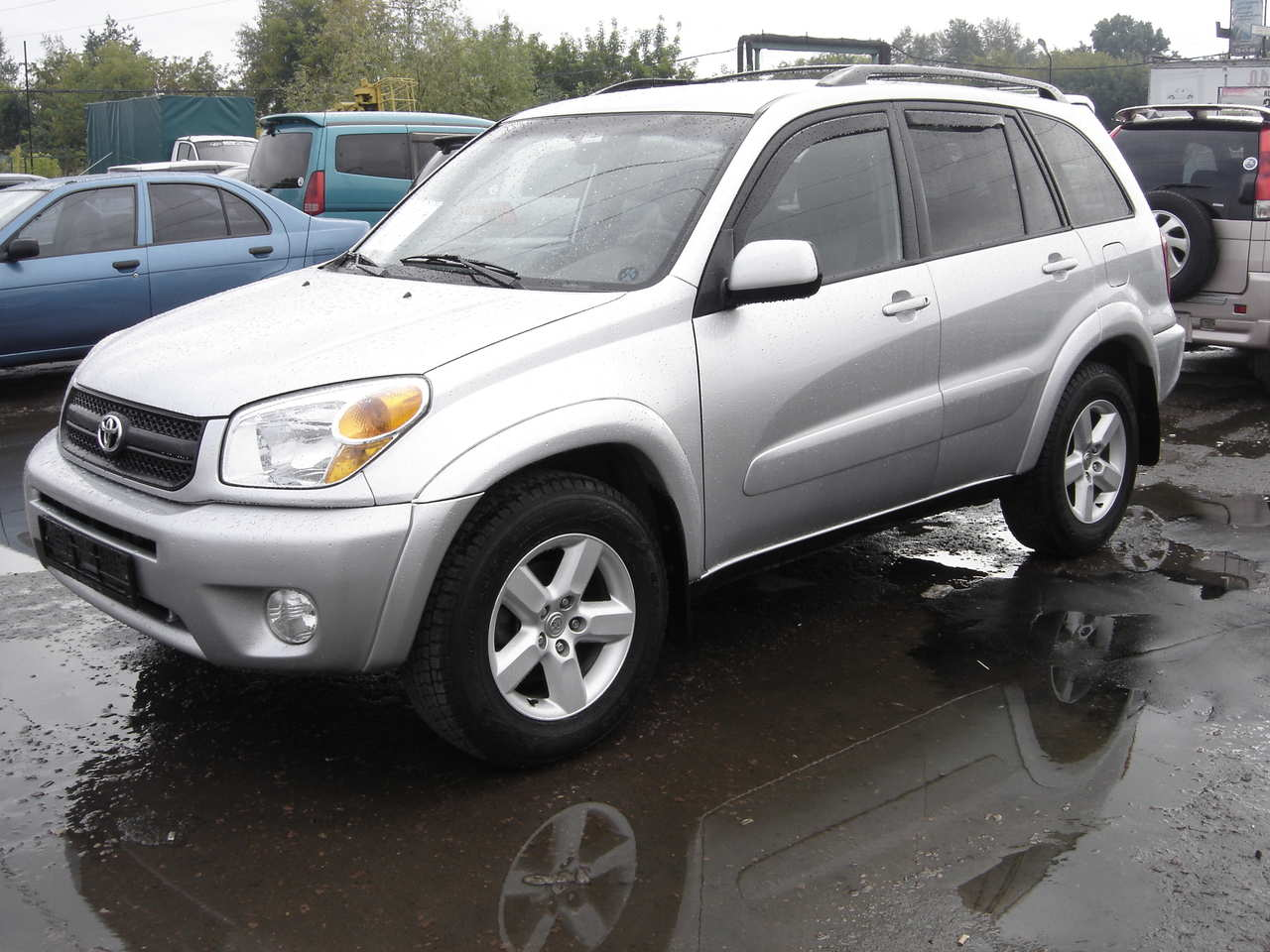 Photo 1 enlarge photo 1280x960 2004 toyota rav4 photos