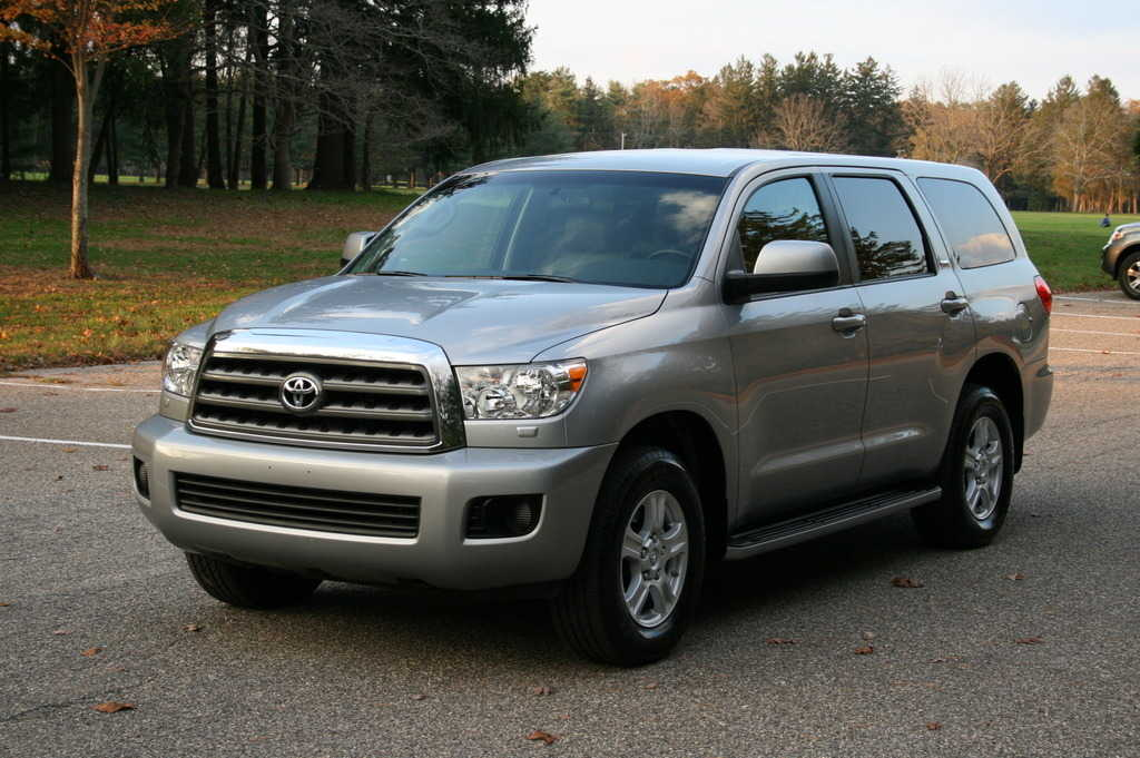 2009 toyota sequoia pictures gasoline automatic. Black Bedroom Furniture Sets. Home Design Ideas