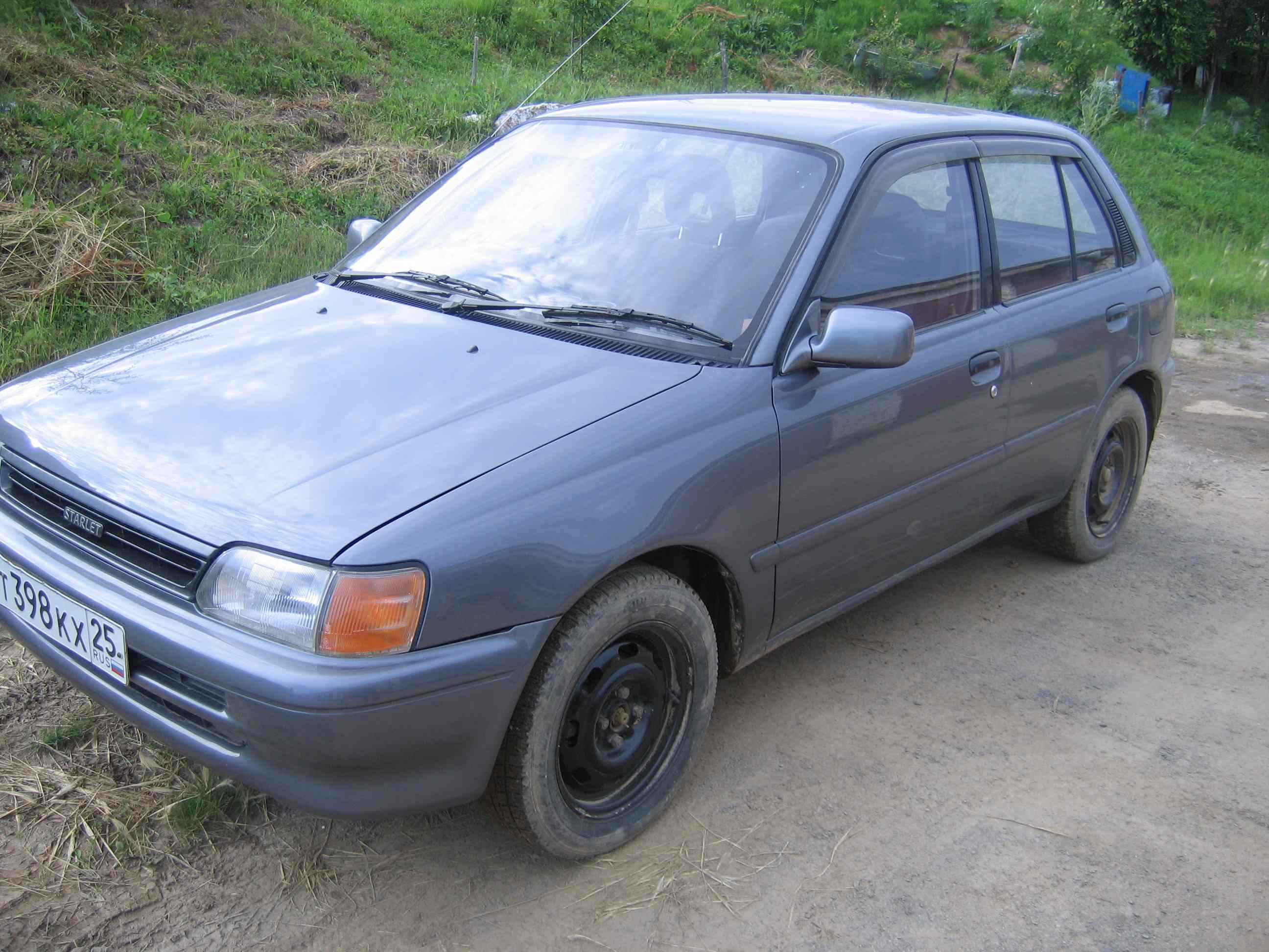 1990 toyota starlet pictures 1300cc gasoline ff automatic for sale. Black Bedroom Furniture Sets. Home Design Ideas