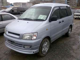 1997 Toyota Town Ace Noah Photos