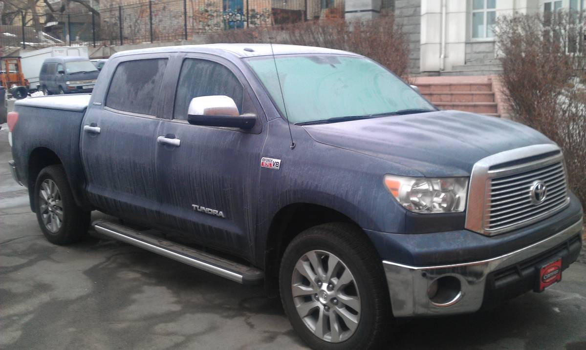 Used 2010 Toyota Tundra Photos, 5700cc., Gasoline, Automatic For Sale