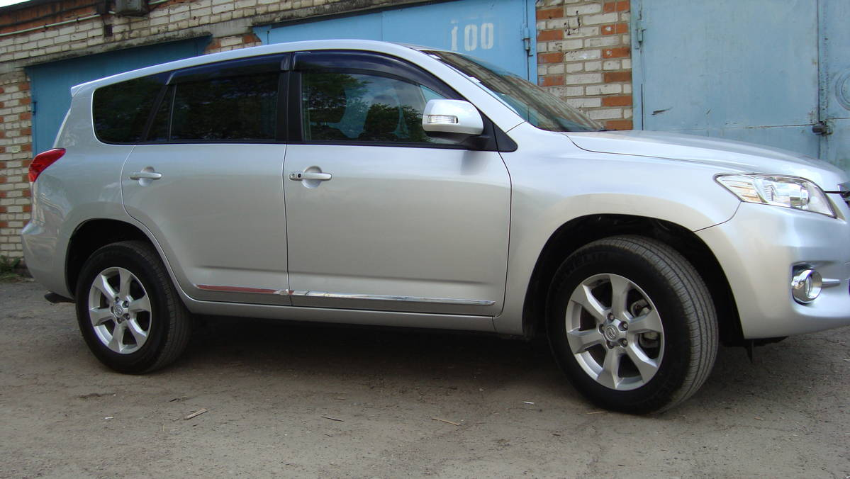 2010 Toyota Vanguard For Sale, 2.4, Automatic For Sale