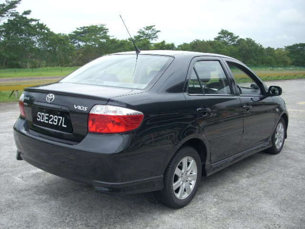 2004 Toyota Vios Pictures