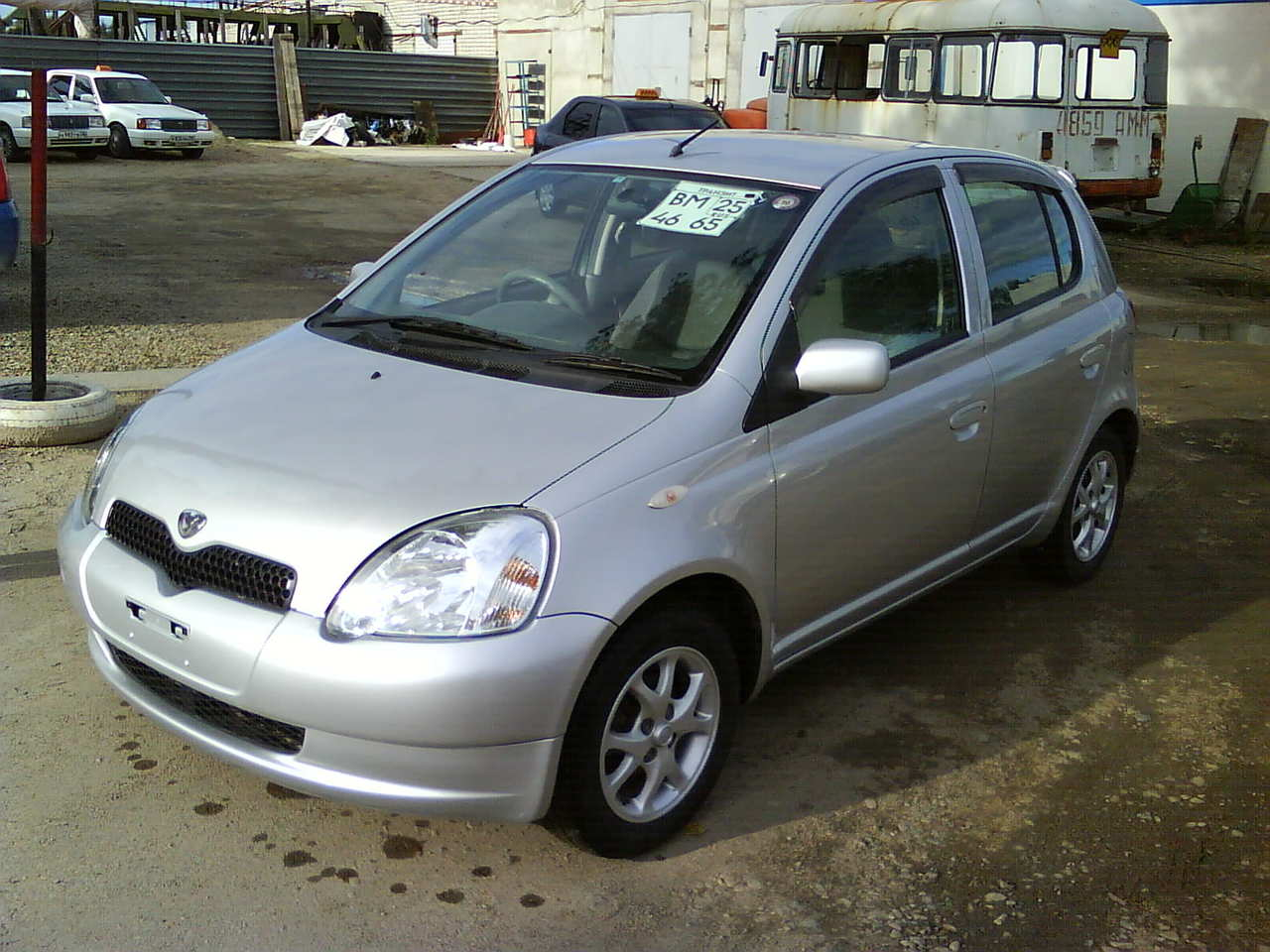 2002 toyota vitz pics 1 0 gasoline ff automatic for sale. Black Bedroom Furniture Sets. Home Design Ideas
