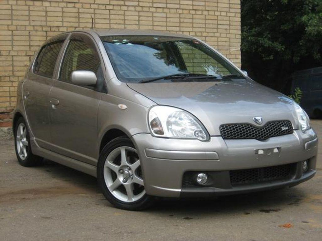 2003 Toyota Vitz Wallpapers