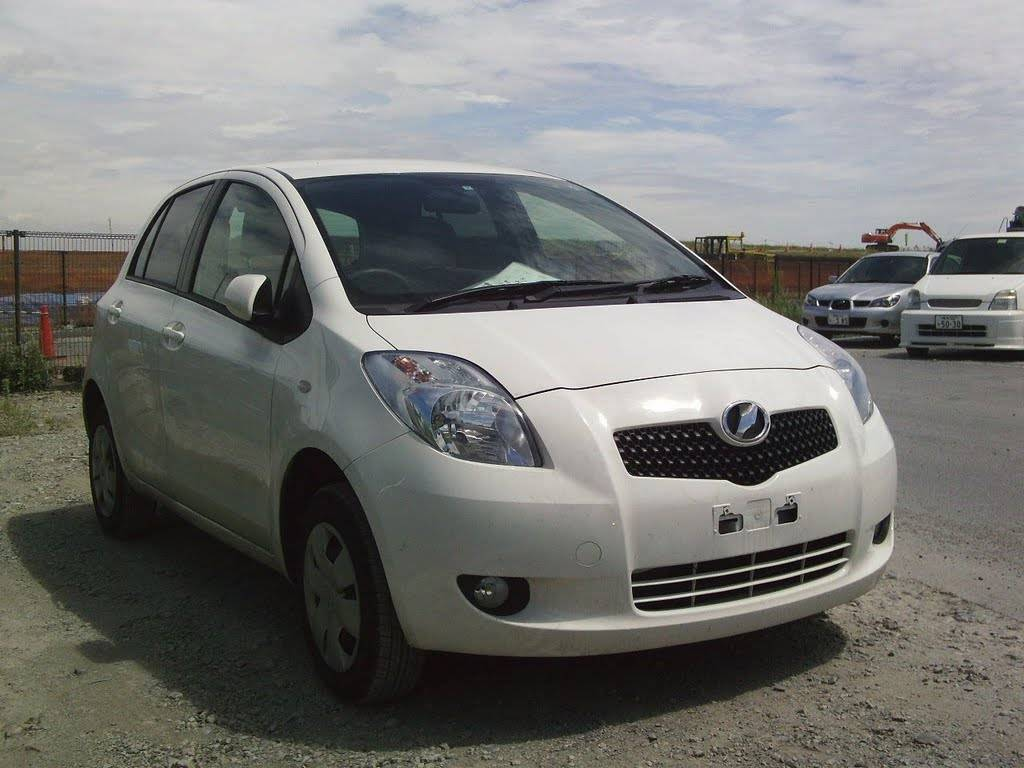 used 2006 toyota vitz photos 1300cc gasoline automatic. Black Bedroom Furniture Sets. Home Design Ideas