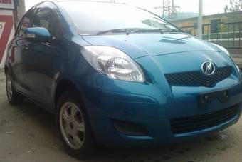 2009 Toyota VITZ Photos